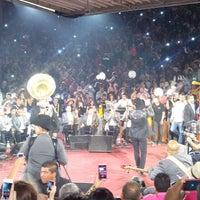 Foto tomada en Palenque Fiestas de Octubre por Miguel Angel T. el 10/14/2013