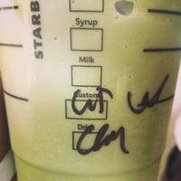 Photo taken at Starbucks Coffee by Hsu-Yeung C. on 3/11/2014