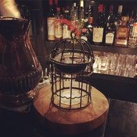 9/30/2017 tarihinde Yoko Y.ziyaretçi tarafından Bar Trench'de çekilen fotoğraf