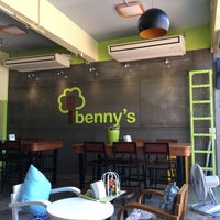 Photo taken at Benny cafe & restaurant by Kittipon P. on 2/14/2017