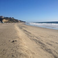 Photo prise au Zuma Beach par Melissa S. le12/26/2012