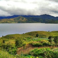 Photo taken at Danau Atas by Anandinta P. on 8/10/2013