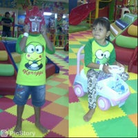 Photo taken at Kiddy Play Land Mall Olympic Garden 3rd Floor by Winda T. on 11/19/2013
