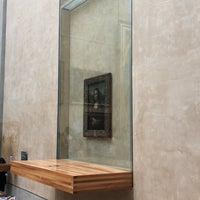 Foto tirada no(a) Mona Lisa | La Joconde por Анна М. em 8/13/2018