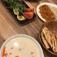 Снимок сделан в Hala Restaurant пользователем Ozan Y. 7/25/2017