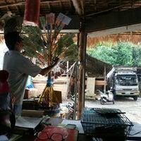 Photo taken at ร้านไข่ ค้าไม้สาขาข่วงสิงข์ by Wolranittha S. on 7/21/2015