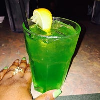 Photo taken at Bennigan's by Ja'Lisa C. on 8/1/2015