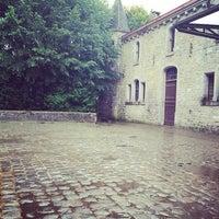 Photo taken at Manège de Leignon by Hanne 🌴❤️ on 8/27/2014
