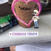 8/30/2017 tarihinde 🔱 Dursun E.ziyaretçi tarafından Starbucks'de çekilen fotoğraf
