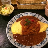 Photo taken at でみぐら亭 by さやえもん on 4/9/2014