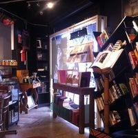 Foto tomada en Librería del Ermitaño por Cecilia I. el 3/15/2017