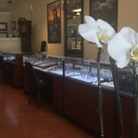 Photo taken at Creative Jewelry by Creative Jewelry on 3/9/2017