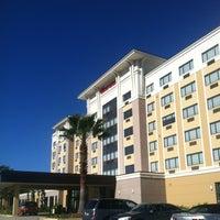 Photo taken at Sheraton Jacksonville Hotel by Mindy B. on 12/22/2012