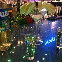 Photo taken at w xyz Lounge by Edgar R. on 8/31/2013