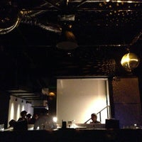 Photo taken at 0 ZERO CAFE by Hide K. on 5/17/2013