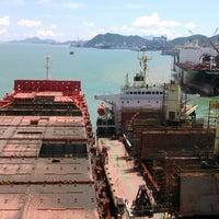 รูปภาพถ่ายที่ Cosco Zhoushan Drydocks โดย Roman M. เมื่อ 8/7/2014