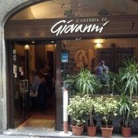 Foto scattata a L'Osteria Di Giovanni da Roy M. il 9/30/2012