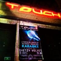 Foto tomada en Touch Bar por Alex O. el 3/16/2014