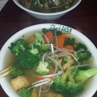 Photo taken at Pho Hoa Noodle Soup by Tricia on 6/6/2014