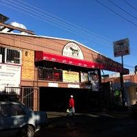Foto tomada en Tacos El Ranchero por Fernando F. el 2/21/2013