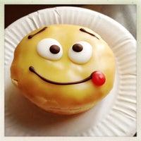Снимок сделан в Dunkin' Donuts пользователем Александр С. 4/26/2013