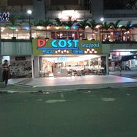 Photo taken at D'Cost Seafood by Kacang M. on 1/28/2014