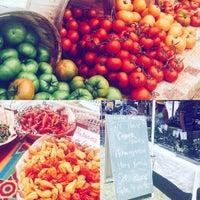 Photo taken at Roadrunner Park Farmers Market by Dami Y. on 5/28/2016