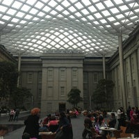 Photo taken at Smithsonian American Art Museum by 종민 심. on 3/2/2013