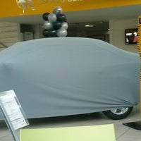 Photo taken at Leva Renault by Pablo D. on 11/8/2013
