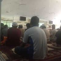 Photo taken at Masjid Abu Bakar Al-Siddiq by atiqi m. on 7/29/2016