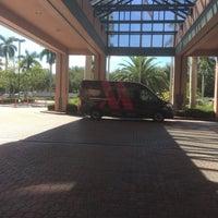 Das Foto wurde bei Boca Raton Marriott at Boca Center von Lisa H. am 8/21/2018 aufgenommen