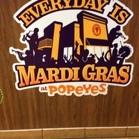 Photo taken at Popeye's Chicken & Biscuits by RoPOP on 2/27/2013