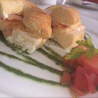 Photo taken at Sushi & Martini Bar by Elen S. on 1/29/2014
