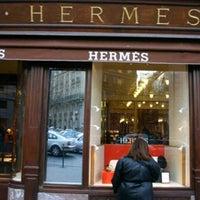 Foto diambil di Hermès oleh ⒿeÄn ✿ pada 8/9/2013