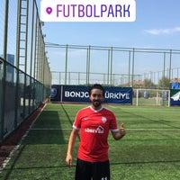 Photo prise au Futbol Park par Elvir Gökhan D. le8/18/2018
