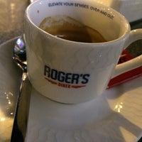 Photo taken at Roger's Diner by Mohamed B. on 10/4/2013