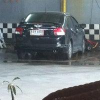 Photo taken at Chaba Car Wash by JuBJiB on 7/4/2013