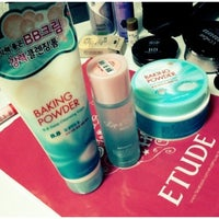 Photo taken at Etude House by Olivezx R. on 1/27/2013