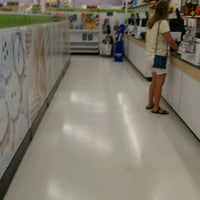 Photo taken at JOANN Fabrics and Crafts by Eric R. on 8/29/2016