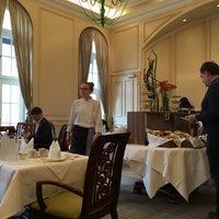 รูปภาพถ่ายที่ Restaurant Villers โดย Merih Y. เมื่อ 3/21/2016
