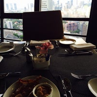 Photo taken at Meritus Club Lounge by Sheen S. on 5/26/2014