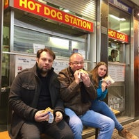 Photo taken at Hot Dog Station by Nordbergh on 2/8/2017