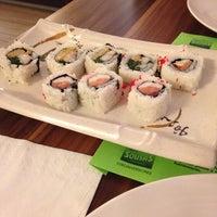 9/12/2014 tarihinde Mirian A.ziyaretçi tarafından Beef & Sushi'de çekilen fotoğraf
