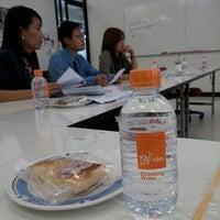 Photo taken at ฝ่ายการศึกษา สถาบันวิทยาการหุ่นยนต์ภาคสนาม ชั้น14 by Robo S. on 1/9/2014