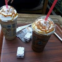 4/11/2014 tarihinde Müge E.ziyaretçi tarafından Caribou Coffee'de çekilen fotoğraf