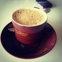 Photo taken at OldTown White Coffee by dorkas k. on 2/22/2013