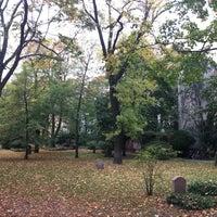 Foto scattata a Friedhofspark Pappelallee da Steve M. il 10/21/2017