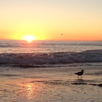 รูปภาพถ่ายที่ Zuma Beach โดย David K. เมื่อ 10/29/2012