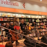 Photo taken at La Feltrinelli Libri e Musica by Pedro C. on 3/15/2013