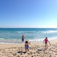 Photo prise au Spanish River Beach par Jill Erin C. le1/26/2013